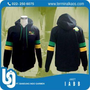 jaket-hitam